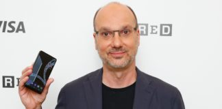 Andy Rubin's Essential Phone Review - Buy Or Not