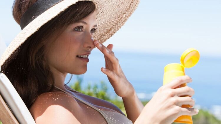 Keep Protected Your Skin By Avoiding Sun's UV Rays